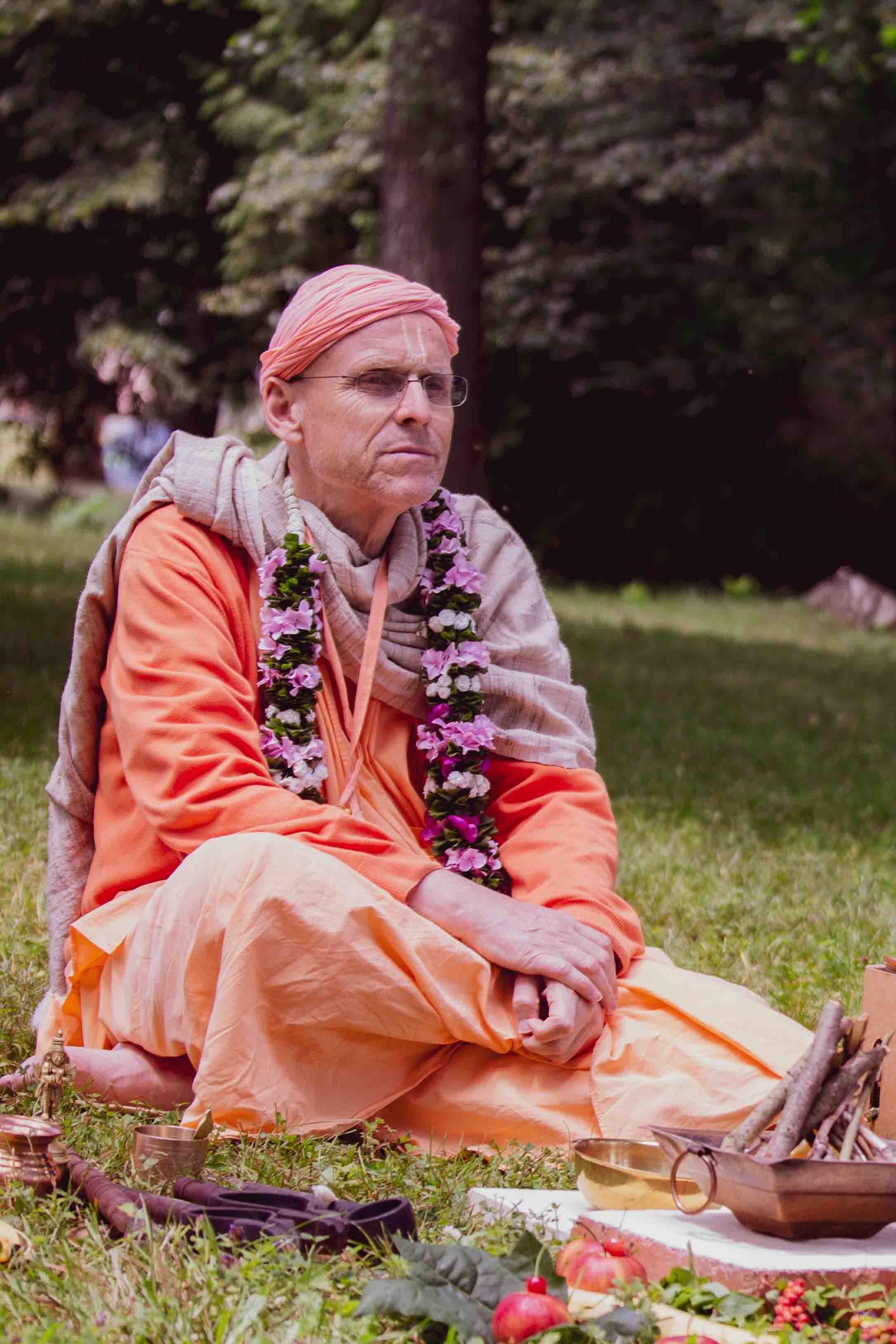 HH Kadamba Kanana Swami
