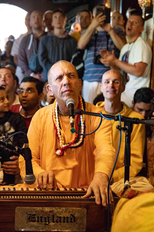 HH Bhakti Vaibhava Swami