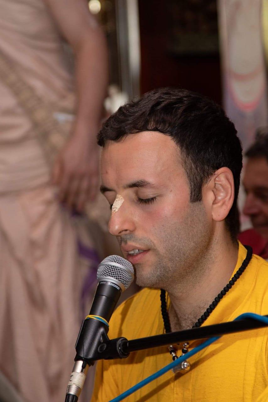 HG Madhava Prabhu (UK)